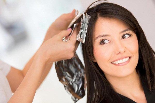 Можно ли на 9 месяце беременности красить волосы