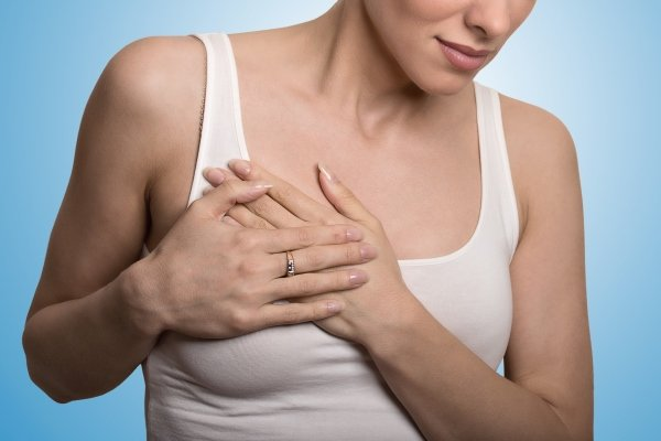Болит грудь при беременности: причины и что делать