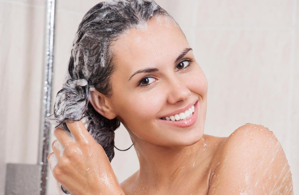 Как использовать лечебный шампунь для волос?