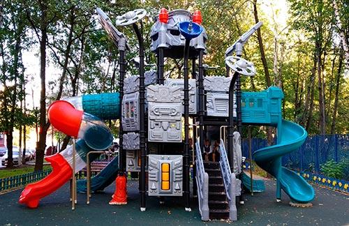 Безопасные спортивные и игровые детские городки
